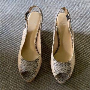 Stuart Weitzman Jean platform sandal